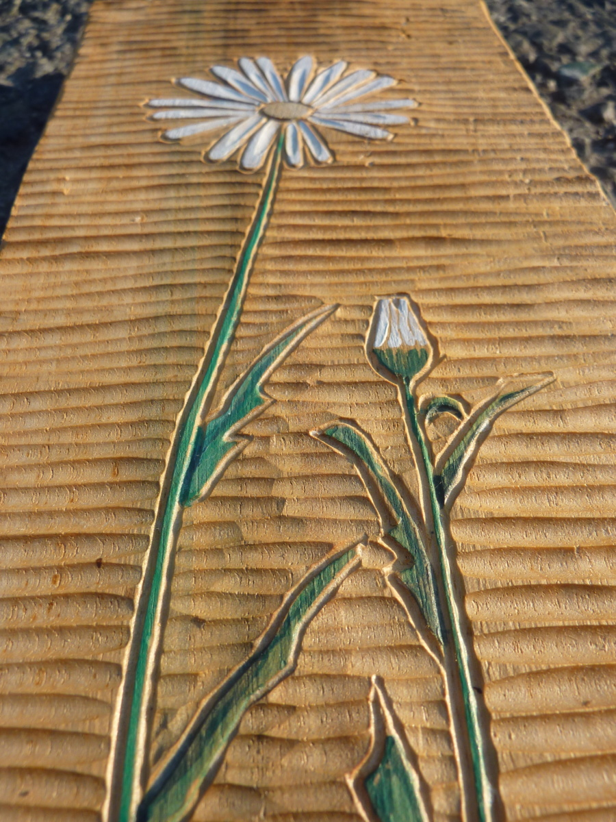 květiny, hand made, dřevořezba